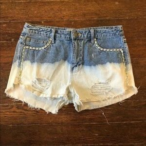 Free People Size 27 Light Acid Wash Ripped Short